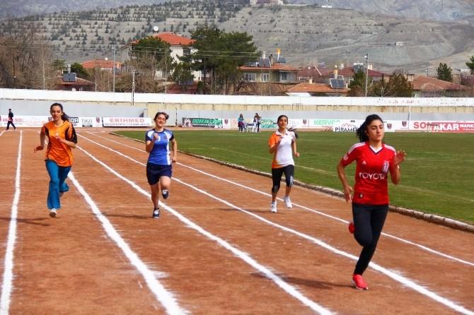 Gençler Puanlı Atletizm Yarışmaları Tamamlandı