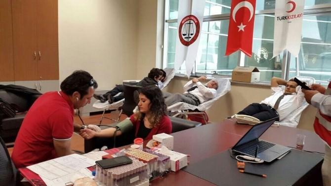 Mersin Avukatlardan Kan Bağışı