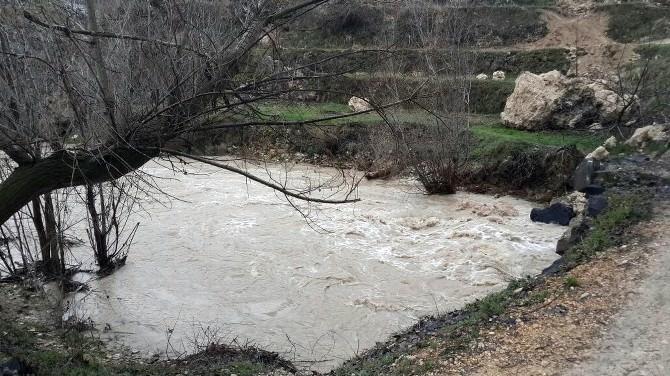 Gürün'de Aşırı Yağışlar Sele Neden Oldu