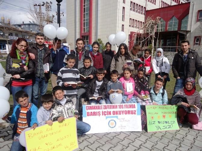 TEGV'li Öğrenciler Barış İçin Okudular