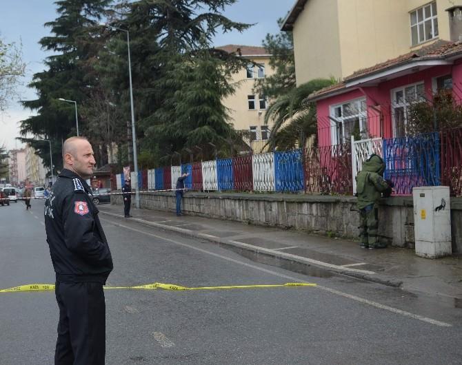 Unutulan Okul Çantası Polisi Harekete Geçirdi