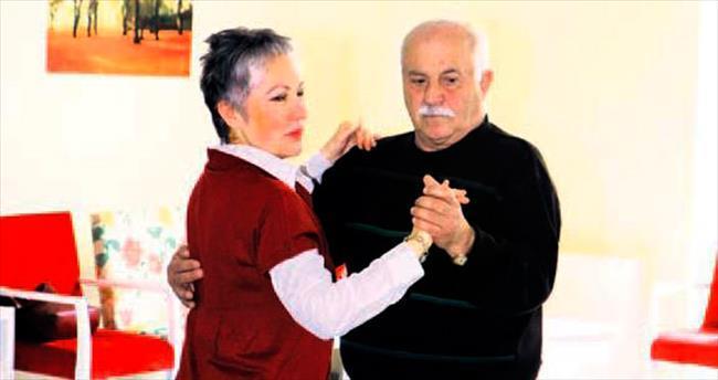 Yenimahalle'de tangonun yaşı yok