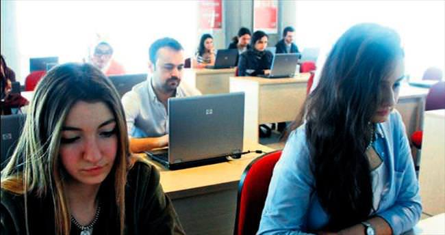 İş Yatırım borsayı kampuslara taşıyor