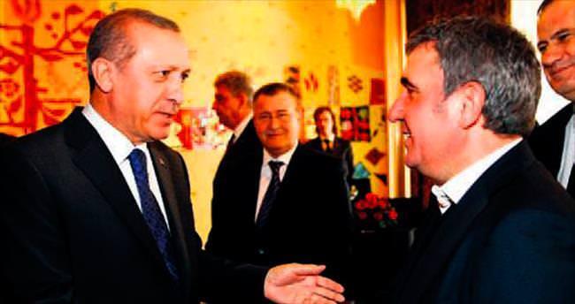 Erdoğan, yemekte Hagi ile görüştü