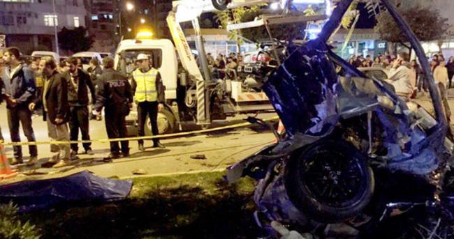 Otomobil yarışı ölümle bitti
