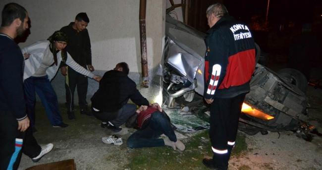 Takla atan araç binanın garajına girdi
