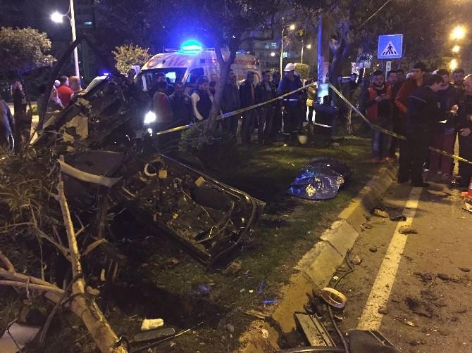Otomobil İkiye Bölündü 1 Ölü, 1 Ağır Yaralı