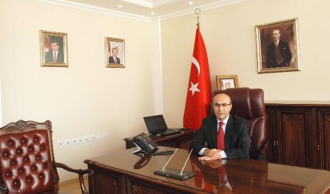 Vali Demirtaş'tan, Adıyaman GAP Spor-kahta Kommaggene Maçı Açıklaması