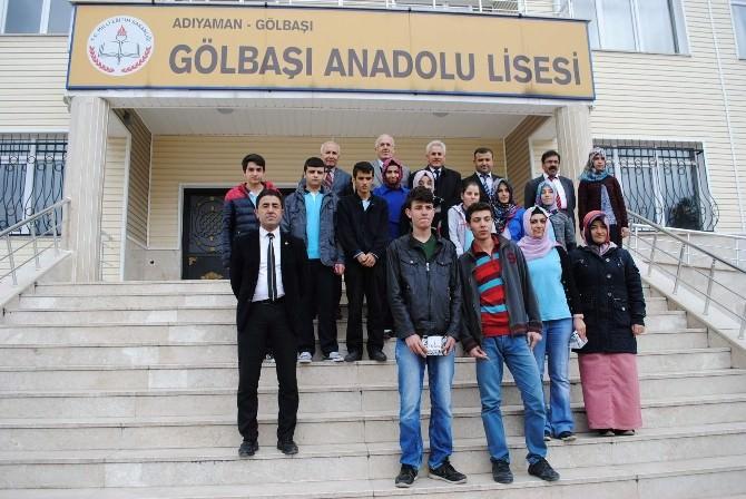 Anadolu Lisesinde Sınavlarda Derece Alan Öğrenciler Ödüllendirildi