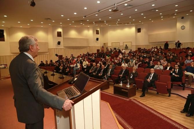 Erciyes Üniversitesi'nde Kayseri'nin Girişimciliği Anlatıldı