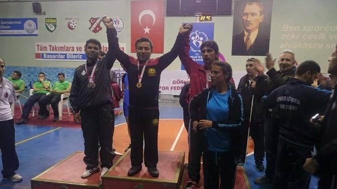 Eskişehirli Görme Engelli Sporcunun Halter Şampiyonasındaki Başarısı