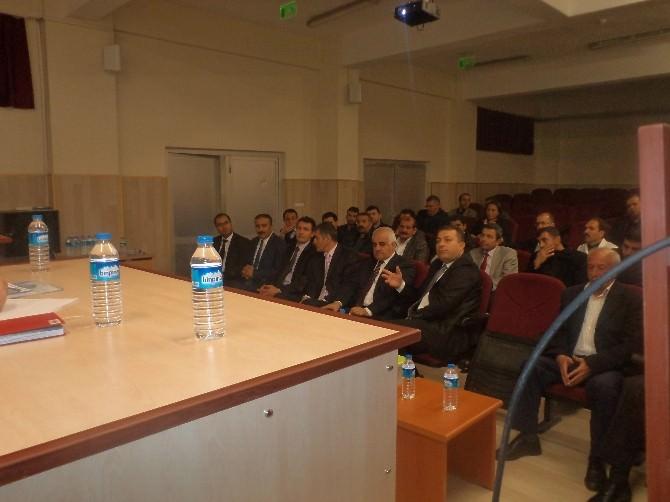 Varto'da 'Mesleki Ve Teknik Eğitimi' Toplantısı