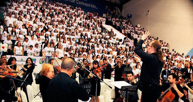 1000 çocuk konsere hazırlanıyor