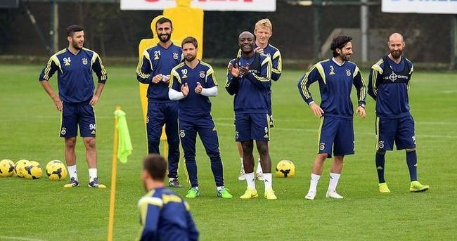 Fenerbahçe'de 4 isim kadroya alınmadı