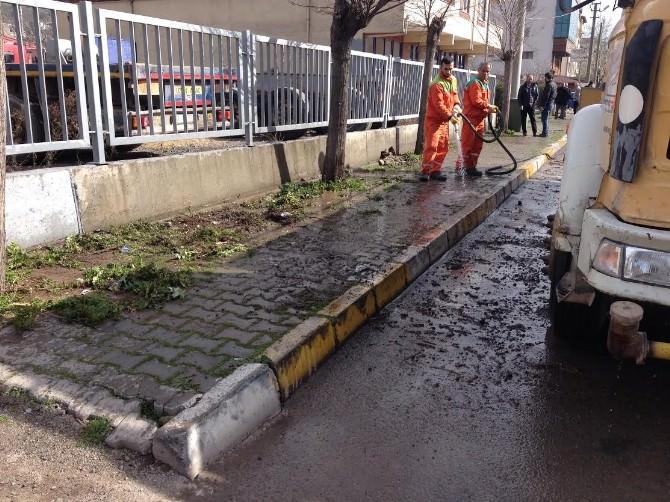 Körfez Belediyesi Temizlik Seferberliğini Sürdürüyor