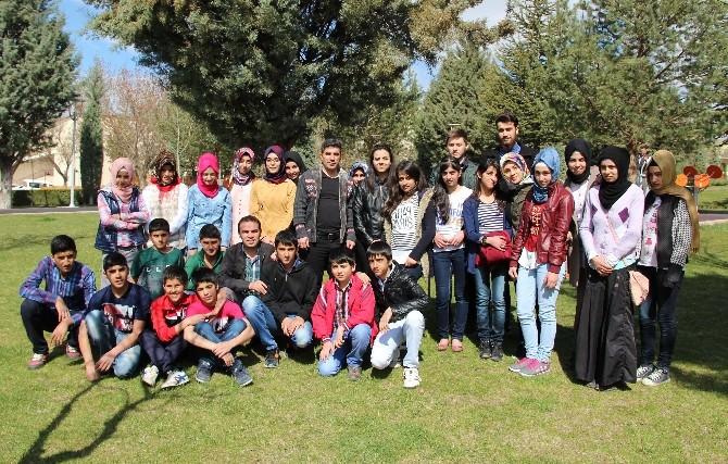 Gönül Köprüsü Projesi Sayesinde Öğrenciler, Üniversiteyi Gezdi