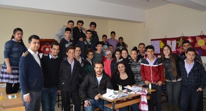 Üniversite Öğrencileri, Mersin'den Cihanbeyli'deki Kardeşlerine El Uzattı