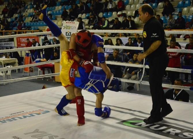 Muay Thai Türkiye Şampiyonası Sürüyor