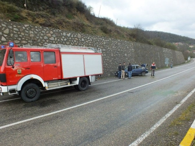 Çaycuma'da Trafik Kazası: 4 Yaralı