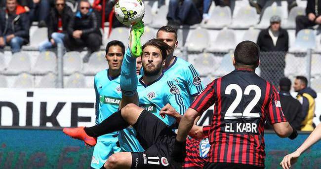 Gençlerbirliği, Paşa'ya gol yağdırdı!