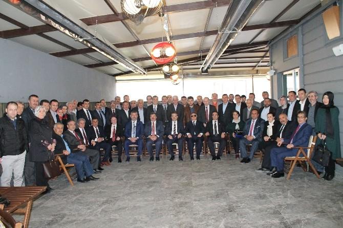 AK Parti Afyonkarahisar İl Başkanlığı'nda Birlik Ve Beraberlik Toplantısı