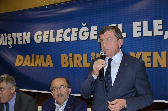 AK Parti Trabzon İl Başkanlığından Geniş Katılımlı 'Birlik Ve Beraberlik' Yemeği
