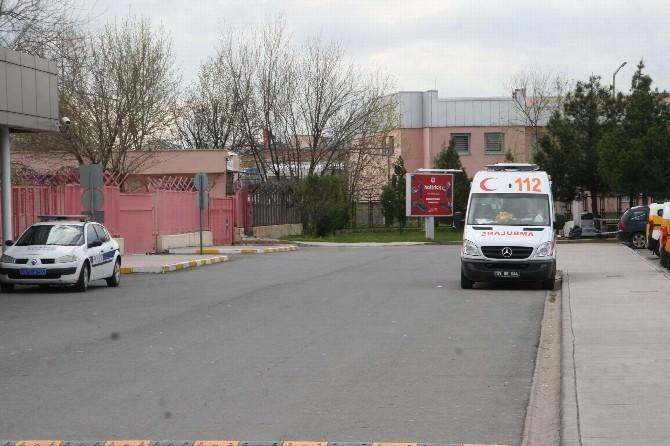 Diyarbakır Havaalanın'da Bomba Paniği