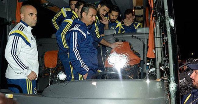 Fenerbahçe'ye silahlı saldırı İspanyol basınında