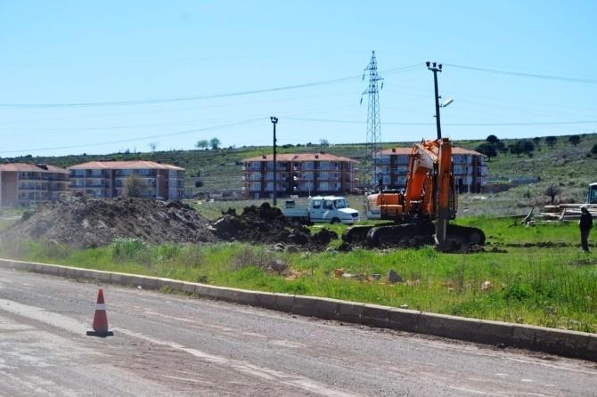 Ayvalık Belediyesi Yol Yapımını Hızlandırdı
