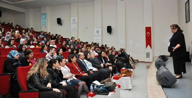 NEÜ'de 1.uluslararası İngiliz Dili Eğitimi Konferansı Gerçekleşti
