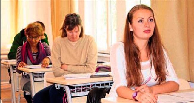 Yabancılara Türkçe dersi