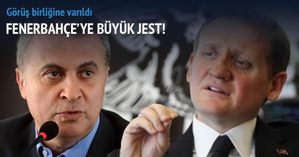 Beşiktaş-Başakşehir maçında Fenerbahçe sürprizi!