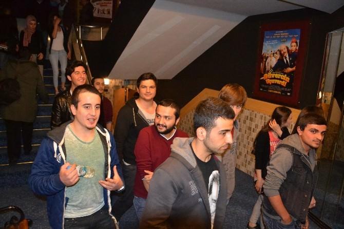 Nazilli'de 300 Öğrenci Sinema Etkiliğinde Buluştu