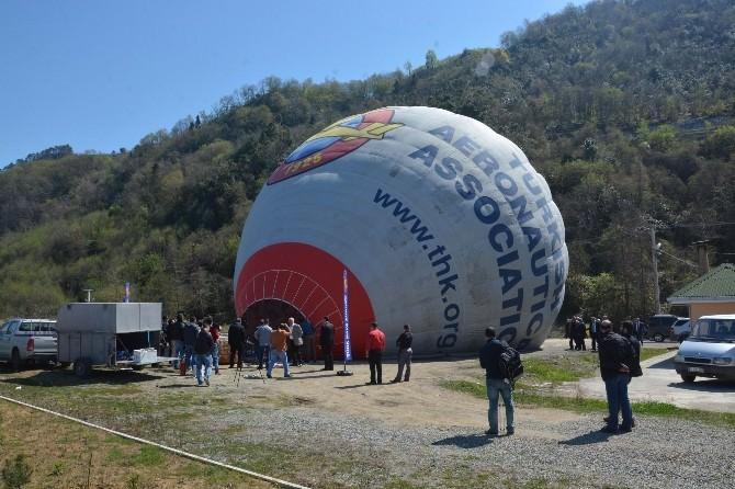 Fenerbahçe Otobüsü'ne Saldırıya 'Balon'lu Kınama