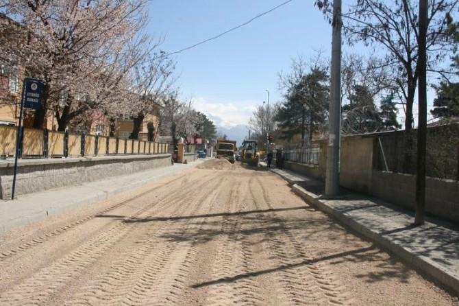Osman Pelen Caddesinde Asfalt Tamiri