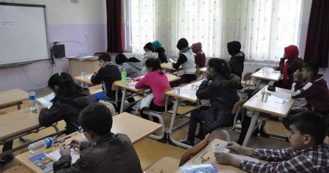 Okullara öğretmen transferleri başladı