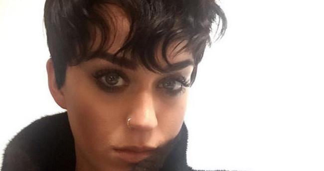 Katy Perry'den yeni bir saç stili daha