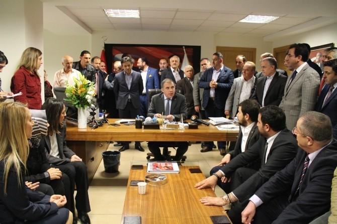 AK Parti İzmir'in Aday Listesi Açıklandı