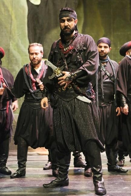 Ali Baba-40 Operası Nisan Ayında Da İzleyici İle Buluşuyor