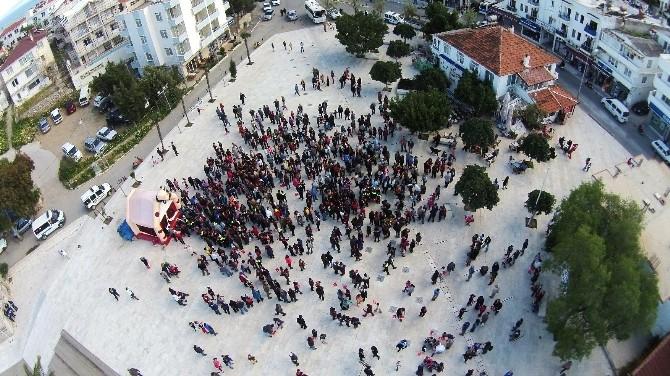 Datça'da Minik Polislerden Büyük Yürüyüş