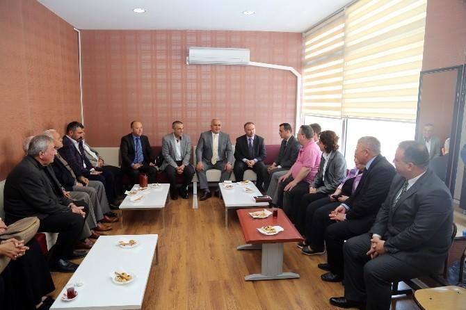 Başkan Tollu, Avukatları Ziyaret Etti