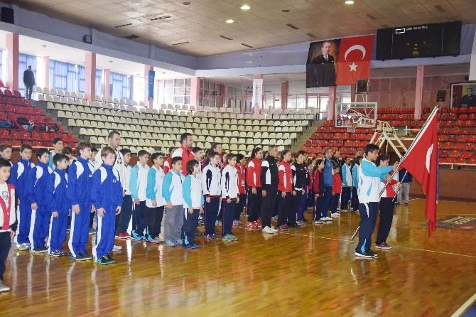 Basketbol'da Yarı Finalleri Gaziantep'te Başladı