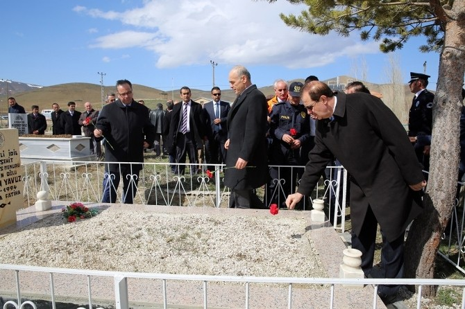 Rektör Coşkun, Şehit Gürcan Yavuz'u Anma Törenlerine Katıldı