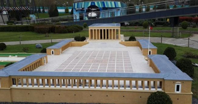 Miniatürk'teki Anıtkabir maketi yenilendi