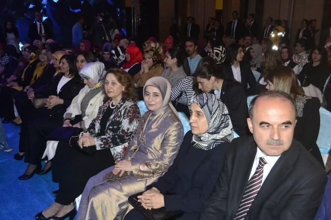 Konya'da Anadolu Selçuklu Kültür Defilesi
