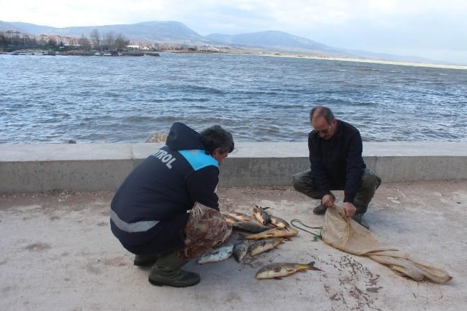 Beyşehir Gölü Milli Parkı'nda Kaçak Balık Avına Para Cezası
