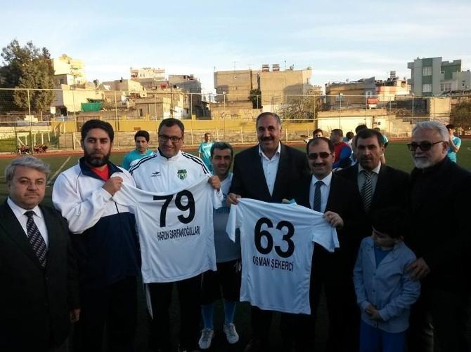 Kurumlar Arası Futbol Turnuvasında İlk Vuruşu Kaymakam Sarıfakıoğluları Yaptı