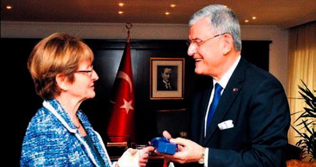 AKPM Başkanı Ankara'da