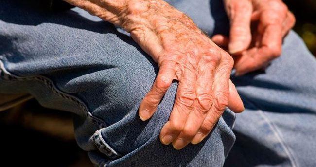 """دراسة حديثة: الكالسيوم قد يتسبب في الإصابة بمرض """"الشلل الرعاش"""""""