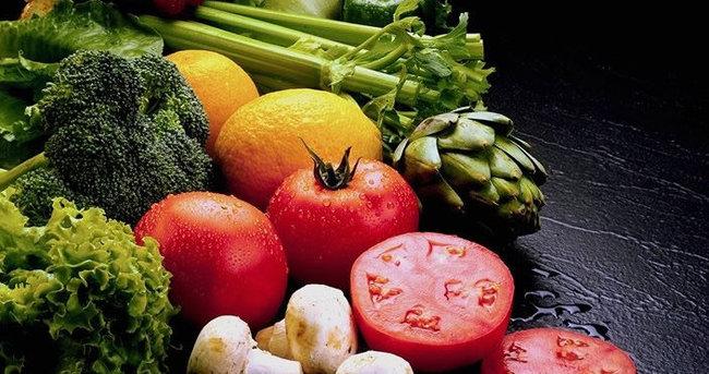 Meyve ve sebzeyi çamaşır suyuyla yıkayın